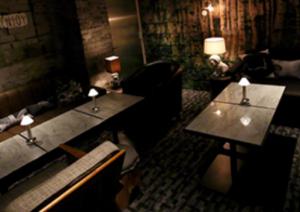 恵比寿ラウンジ、ビゼハウスの店内画像