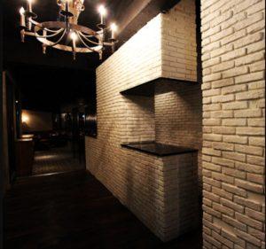 神田の会員制ラウンジ、ルーズリュクスラウンジの店内画像