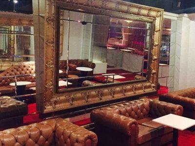 六本木の私服キャバクラ、XO(エックスオー)の店内画像3