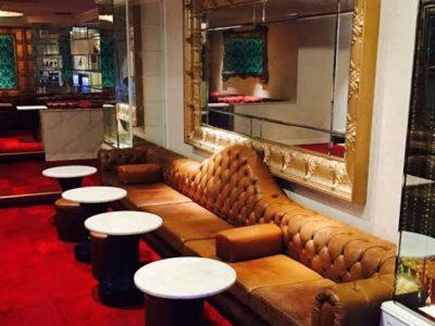 六本木の私服キャバクラ、XO(エックスオー)の店内画像2